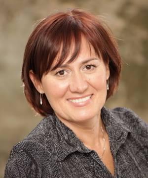 Dr. Grazyna Wolf